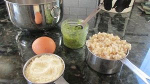 Garlic Pesto Rice Crisp ingredients